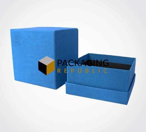 Rigid Box Packaging for Small Metal Hangings and Accessories