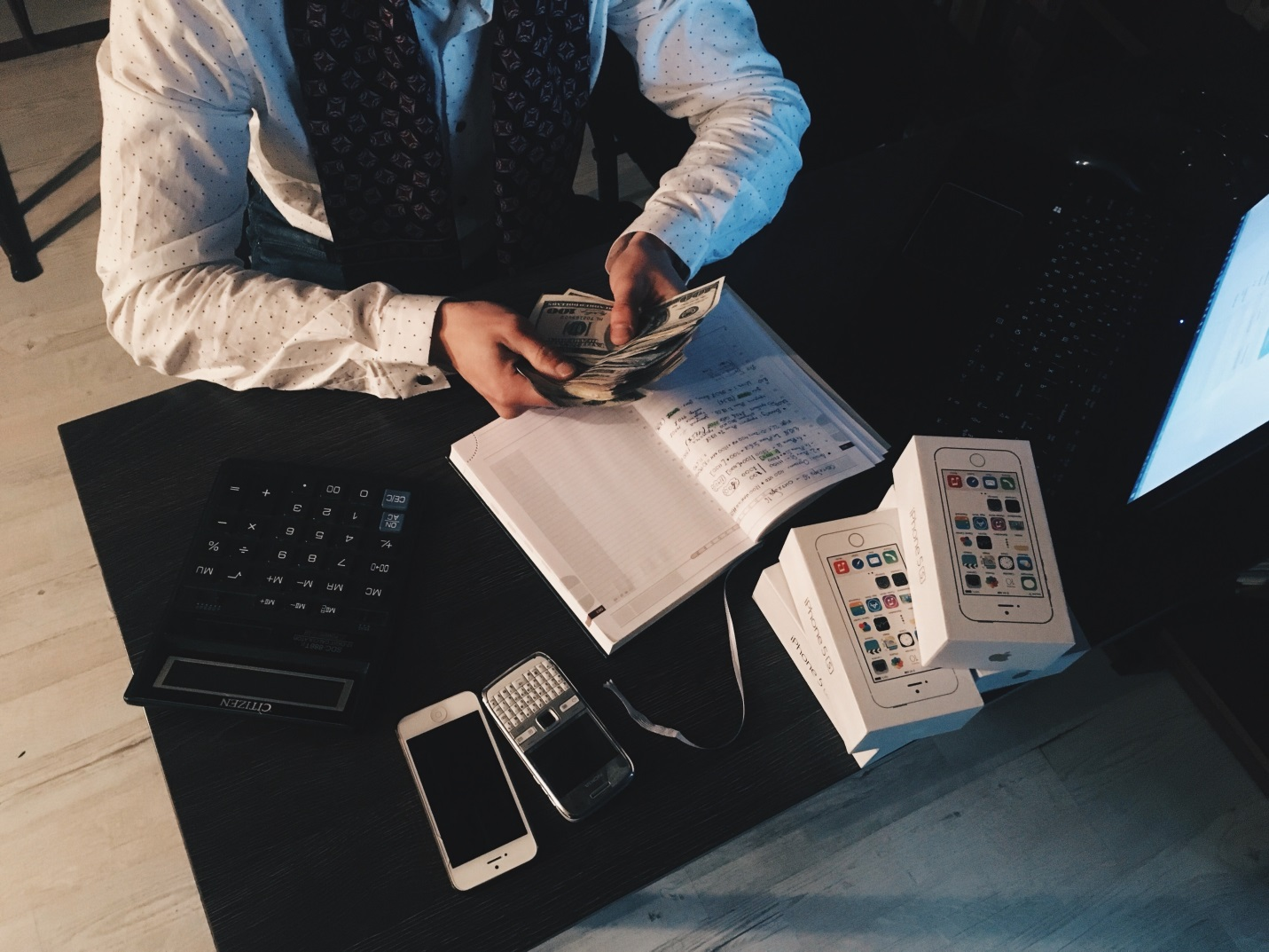 8 Tips for Entrepreneurs to Keep their Business Finances in Order