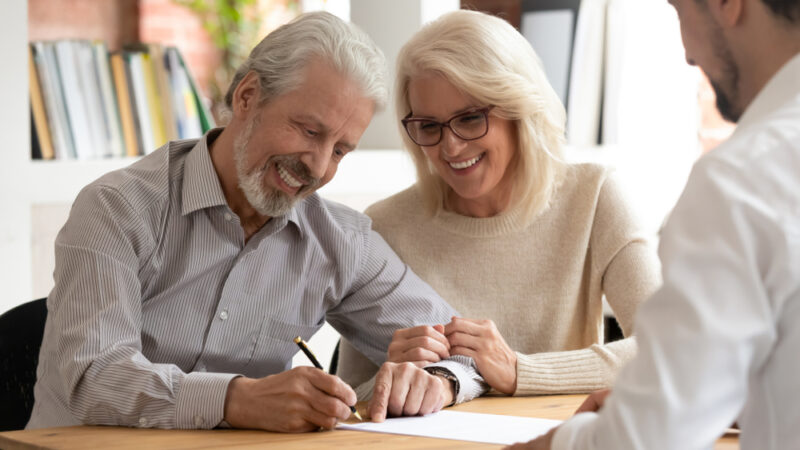 5 Financial Goals to Make Before You Plan to Retire