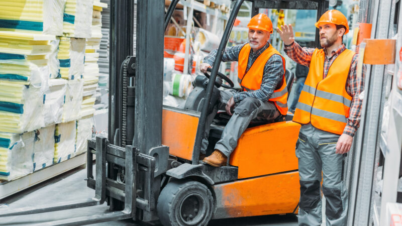 6 Common Equipment Buying Mistakes to Avoid for Your Business