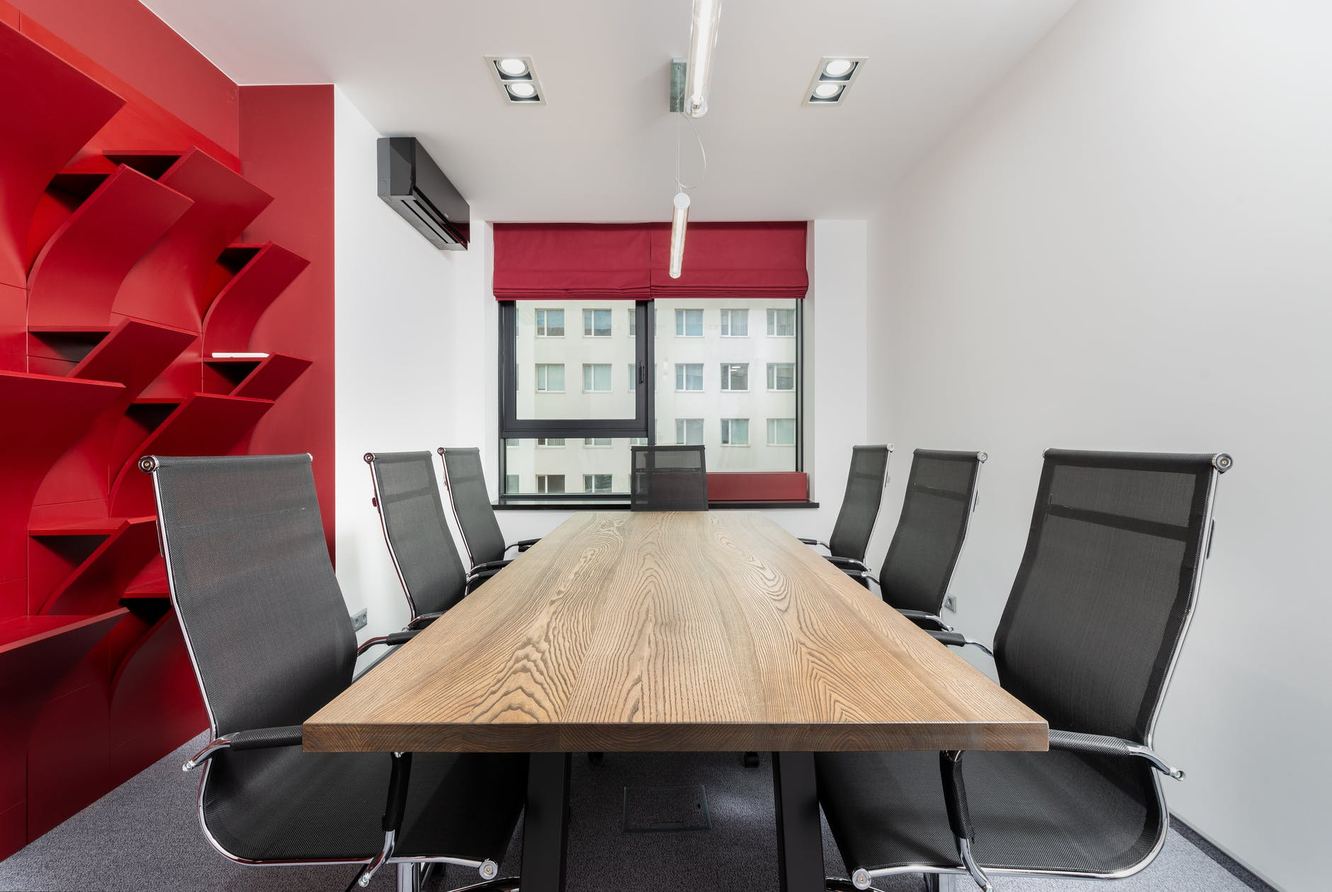 3 Ways to Use Audio Visual Communication Systems in Your Organization