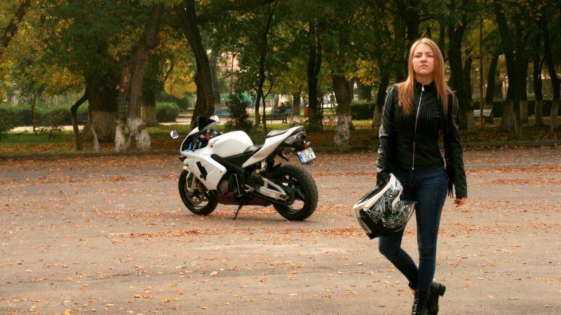 Bluetooth Motorcycle Helmet: A Helmet that Keeps You Connected