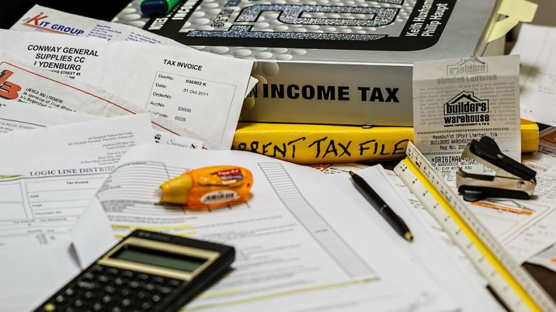 What Does a Tax Accountant Do?