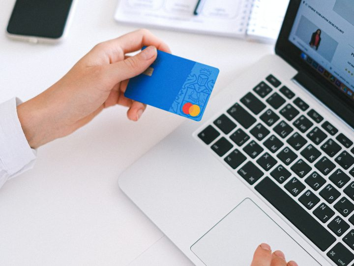 What is The Exact Role of Databases in Ecommerce?