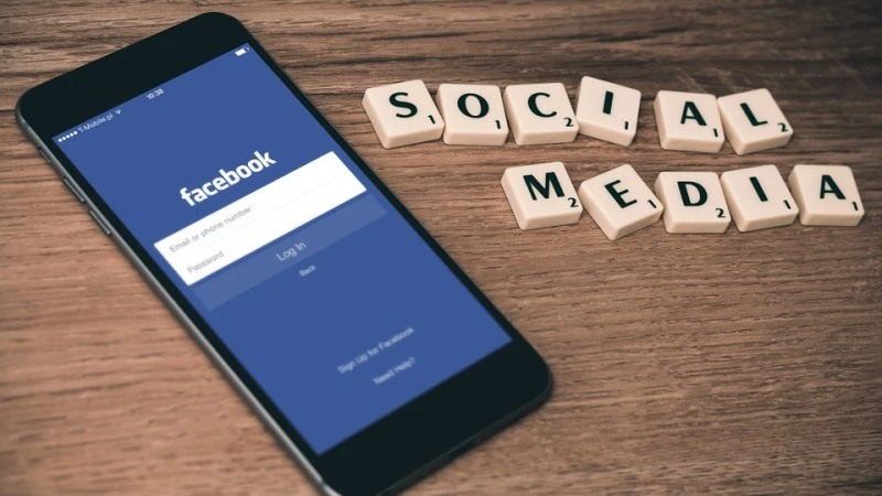 How to Effectively Manage Ad Campaigns on Facebook