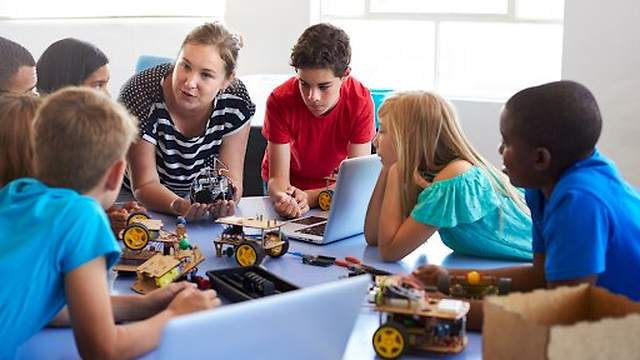 Stem Programs- A Boon For Your Child's Engineering After School