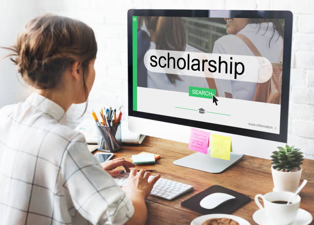 What is a Scholarship and How Do They Work?